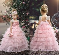 ingrosso bello cupcake-Beautiful Pink Girls Layers Cupcake Flower Girl Dresses 2018 New Lace Cap Sleeves Rose Flowers Tutu Gonna lunga abiti da spettacolo Pageant Party