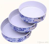 canlı kek toptan satış-Diy Kek Pişirme Kalıp Ile Canlı Alt Toka Karbon Çelik Kalıp Mavi Ve Beyaz Porselen Desen Retro Tarzı Dekorasyon Araçları 40 xa ii