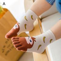 ingrosso i bambini puntano i calzini-Calzini per bambini stile 5 Calzini per bambini in cotone animali Calzini per dita a buon mercato per calzini Five Finger Sock 3-7T / 7-12T B
