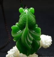 pez de jade blanco al por mayor-Nuevo Natural Jade China Verde Blanco Colgante de Jade Collar Amuleto Lucky Fish Estatua Colección Adornos de Verano