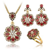 Wholesale Heart Shaped White Gold Ring - Jewelry Sets - Chocker Ring Chandelier Sets Vintage Red Gemstone Golden Plated Necklaces Pendants Floral Shaped Dangle Earrings
