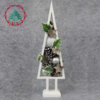 decoração pequena casamento venda por atacado-Inhoo Mini Árvore De Pinho De Madeira Cones Decorações Para Casa Acessórios Easter Pinecone branco Pequeno Presente de casamento Decoração ornamentos
