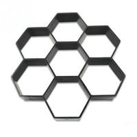ingrosso giardini in pietra-New Hexagon Garden Pavement Mould DIY Path Maker Stampo Manualmente Pavimentazione Stampi in mattoni di cemento Pietra Road Concrete Stampi Strumento 30 * 30 cm