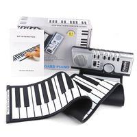 rodar teclado de piano al por mayor-Portable 61 Teclas de Piano Flexible de Silicona Electrónica Digital Roll Up Soft Teclado de Piano Para Niños Regalo de Cumpleaños Artículos de Novedad GGA898