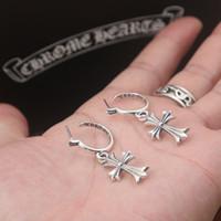 boucles d'oreilles croisées achat en gros de-Brand new 925 sterling silver vintage bijoux antique silver designer américain fait à la main croix pendentif stud boucles d'oreilles pour les femmes