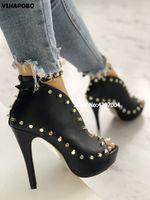 chaussure de cheville peep toe noir achat en gros de-Printemps Femmes Peep Toe Couper Cheville Bottes Talons Plateforme Boucle Sangle Goujons Rivet Gladiateur PU Bout Ouvert Noir Chaussures Bootie