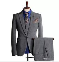 шампанское бордовый костюм оптовых-Индивидуальные новые горячие мужские костюмы мода мужская бизнес формальный костюм Костюм из трех частей костюм (пальто + брюки + жилет) свадьба жених жених платье