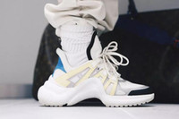Wholesale Leather Fashion Boots For Women - 2018 Retro Brand Womens ArchLight Sneaker Leather Trainers for Men Women Triple S Running Shoes Fashion Casual Outdoor Boots Fashion Show