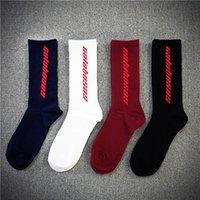 erkekler kalın çorap toptan satış-Moda Erkekler Kadınlar Kalın Çorap Calabasas Korku Tanrı Mektup Uzun Çorap Hip Hop Kanye West Casual Uzun Çorap Ücretsiz Boyutu