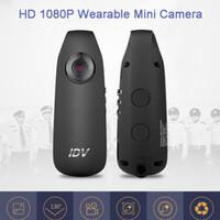 ingrosso batteria mini registratore-IDV007 Mini videocamera digitale HD con clip da indossare Videocamera Mini DV con riduzione del rumore Videoregistratore con batteria 560mAh Telecamera DVR