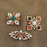 ingrosso spilla di perle croce-New Fashion Spille Pins Spille placcate oro Perle spille incrociate per gli uomini Le donne per la festa nuziale Bel regalo NL-698