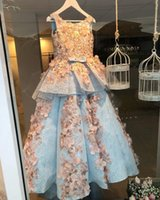 ingrosso vestito blu dalla principessa 3t-Luxury New Princess Flower Girls Dresses con fiocco 2018 Carino Sky Blue pieno pizzo con applicazioni floreali 3D appliques ragazze abiti su misura