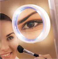 легкие присоски оптовых-Портативный 8x LED зеркало для макияжа увеличительное Косметическое зеркало для макияжа с блокировкой питания присоске яркий рассеянный свет KKA4866