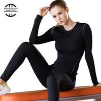 vêtements à rayures blanches achat en gros de-Couche de base Fitness Sport Shirt À Séchage Rapide Femmes Manches Longues Top Gym Jogging Dame T-shirt Train Vêtements D'entraînement Blanc Chemise De Yoga
