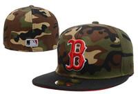 chapéus camo vermelho venda por atacado-Red Sox cor camo dos homens cabido chapéu plana Borda embroiered B Carta Logotipo da equipe fãs top quality bonés de beisebol red sox no campo cheio fechado cap