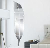 blauer federentwurf großhandel-Kreative Removable Acryl Feather 3D Spiegel Wandaufkleber Wohnkultur Für Den Badezimmer Körper Spiegelrahmen Spiegel Dekorative Paste