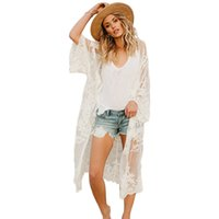 encaje cuello v tops mangas blanco al por mayor-Nuevas mujeres de encaje Boho Kimono Bikini Cover Up Cardigan de manga larga para mujer Tops y blusas para mujer Top largo de encaje blanco