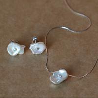 ingrosso puro set di argento sterlina-2018 l'ultima collana di perla pura irregolare di stile La vera 925 Sterling Silver Chain Pearl Set orecchino e collana di gioielli Set gioiello