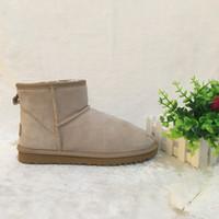 erkekler süet deri çizmeler toptan satış-Toptan! Avustralya Stil Erkek Kar Botları Su Geçirmez Kış Inek Süet Deri Açık Çizmeler Marka IVG tasarımcı ayakkabı Artı Boyutu EUR 38-45