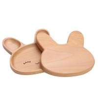 lindo plato de bebe al por mayor-Plato de alimentación del bebé de dibujos animados Plato innovador en forma de conejo Bandeja de alimentación del bebé de bambú natural sin placa BPA