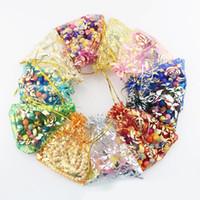 золотые подарочные сумки из органзы оптовых-Органза ювелирные изделия свадебный подарок сумка сумки 7x9cm 3x4 дюймов Mix цвет для партии праздник Новый Год использовать золотые розы