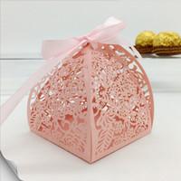 kutu incileri toptan satış-6 * 6 * 7 cm Inci Kağıt Lazer Kesim Çiçek Çikolata Hediye Kutusu Kurdele ile Mutil Renk Bebek Duş Düğün Için Ambalaj Kutuları Şekeri