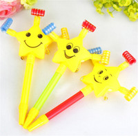 Wholesale maker movie - Whistle Noise Maker Dragon Long Rod Smiling Face Children Toys Can Blows Horn Volume Cheerleaders Birthday Party Boost Props 1 33hb Y