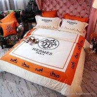tecidos de desenho animado venda por atacado-Clássico de luxo bordado padrão de transporte de lã velo de tecido macio conjunto de cama 4 peça set presente da família de Natal