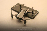 alas dron al por mayor-Transfronterizo D2 mini UAV plegable control remoto avión antena fija cuatro ejes avión helicopte
