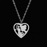altın kolye altın toptan satış-Anne Bebek Kolye Kolye Aşk Kalp şeklinde Paslanmaz Çelik anneler Günü Için Altın Renk Kadınlar Hediye Charm Takı Toptan