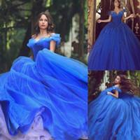 57726a8e9a5 Vestidos de quinceañera Royal Blue Cinderella Vestidos de quinceañera 2018  Fuera del hombro Puffy Tulle Beads Hasta el suelo Vestido de baile Sweet 16  ...