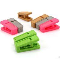 cabides venda por atacado-Resuable Prendedor de Gravata Universal Molhado E Seco Ganchos de Roupa Fácil de Usar Plástico Prendedor de Roupa No Traço