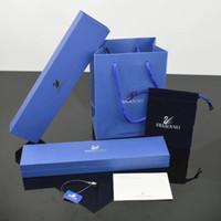 синие браслеты оптовых-Горячие продажи знаменитой марки Темно-синие шкатулки для драгоценностей устанавливают ожерелье браслета Кольца коробки с бумажными пакетами и подарочной упаковкой сертификата