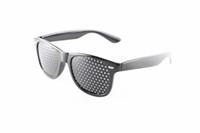 ingrosso esercizio di visione-DHLUnisex Vision Care Pinhole Occhiali da vista Anti-fatica Occhiali da sole Pinhole Stenopeico Eyewear Esercizio Vista Migliorare i vetri curativi naturali