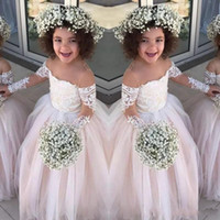 küçük kız bebek kızı partisi için toptan satış-Dantel Sheer Uzun Kollu Küçük Kızlar Pageant Törenlerinde Tül Balo Çiçek Kız Elbise Düğün Için Bebek Doğum Günü Partisi Elbise Ucuz
