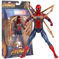 brinquedos quentes homem de ferro venda por atacado-Brinquedos quentes Marvel Avengers Infinito Guerra Aranha De Ferro Homem Aranha Figura de Ação PVC Homem Aranha Figura Collectible Modelo Toy 17 cm
