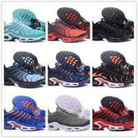 Wholesale male lycra - 2018 NEW Vapormax TN Plus Olive In Metallic White Silver Running Shoes For Air Tn Male Pack Triple Black Men Basket Requin Chaussures