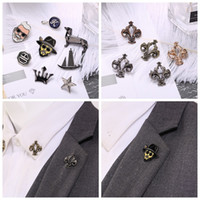 Wholesale cross pins - Small Size Cute Alloy Brooches Pins Vintage Crown Boat Dog Star Tobacco Pipe Bee Mini Lapel Pins For Mens Clothes Suit Shirt Accessories