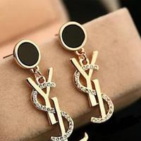 Wholesale fast stud - Famous Brand Designer Stud Earrings Women Rhinestone Ear Stud Luxury Earring Jewelry Accessories with Fast Shipping