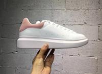 yürüyüş ayakkabıları kadın toptan satış-Satışa Mens Womens Spor Ayakkabı Lüks Platformu Sneaker Düz Rahat Ayakkabılar Lady Siyah Pembe Altın Yürüyüş Koşu Yürüyüş Açık Ayakkabı