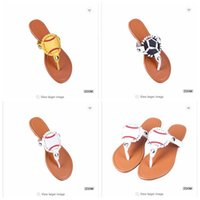 Wholesale leather fashion football shoes online - Shoes fashion baseball football slippers fashion non slip leather ladies casual shoes classic massage beach slippers BBA322