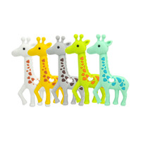 niedliche pflegegeschenke großhandel-Neue Giraffe Beißringe Silikon Zahnen Spielzeug Baby Safe Anhänger Halskette Kautabletten Nette Sika Deer Beißring Pflege Spielzeug Dusche Geschenke