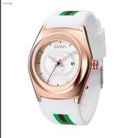 relógio de homens de luxo vencedor venda por atacado-Em 2018, o novo relógio de pulso de luxo de design famoso para homens e mulheres com relógios de aço de alta qualidade será entregue gratuitamente