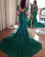 vestidos de encaje rojo verde oscuro al por mayor-Vestidos de noche de sirena divididos lado oscuro verde sexy Apliques de encaje completo de mangas largas Vestidos de baile de graduación más tamaño vestido formal de alfombra roja