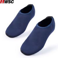 marine sandalen großhandel-100% Marke der Sommer-neue Männer Wasserschuhe Aqua Hausschuh für On Water Sandalen Sandalen Mujer Slides Marine-Blau Beleg Strand