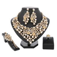 nachgemachte perlenschmucksachen großhandel-Zarte Nachahmung Kristall und Perlen Schmuck Sets Für Frauen Hochzeit Kleid Halskette Ohrringe Bridal Party Schmuck Zubehör