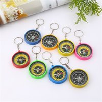 Wholesale style compass keychain resale online - Outdoors American Style Compass Key Buckle Plastic Mini Keychain Adornment Toys Multiple Colors Pocket Compasses Hot Sale wc WW