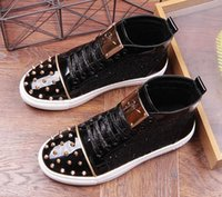 обувной лист оптовых-новое прибытие блестки заклепки листовой металл повседневная платформа высокая верхняя обувь квартиры мужской дизайнер пром платье мокасины обувь zapatos hombre