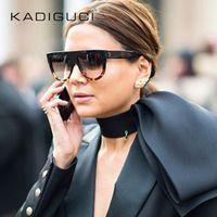 óculos em forma de sol venda por atacado-New Hot Sale Sunglasses Mulheres Flat Top Oversize Escudo Forma Óculos de Marca de Design Do Vintage óculos de Sol UV400 Feminino Rebite Shades K0100