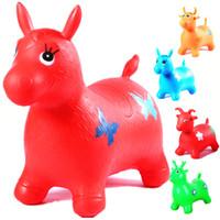 ingrosso gomma gonfiabile-Rides su Animal Bouncy Horse Toys Gonfiabile Buttafuori Gonfiabile Bambino di salto Gonfiabile Bambino 60 * 52 * 28cm Casuale invia